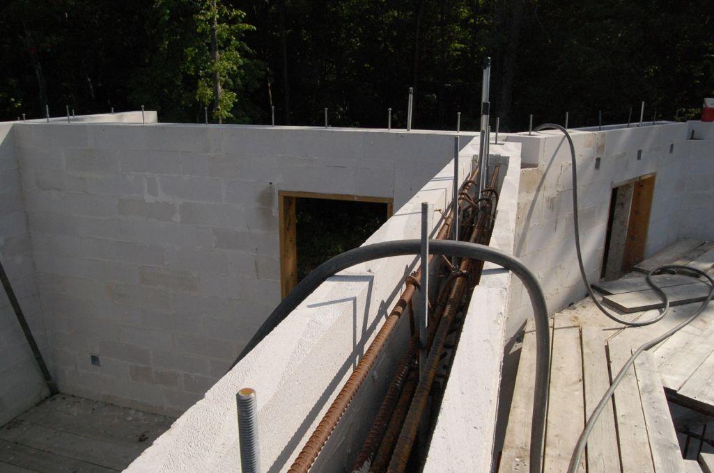 House upper bond beam 2